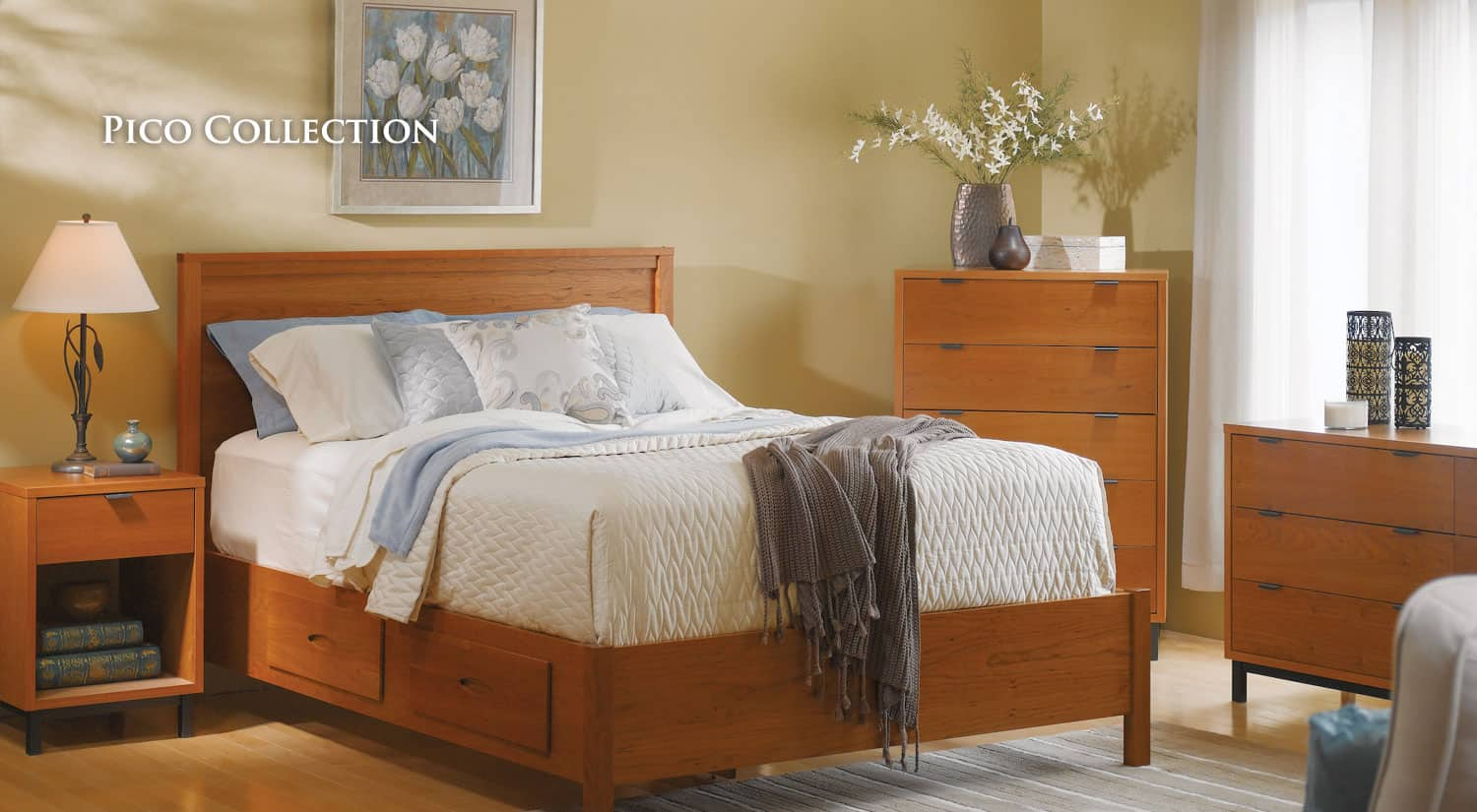 Solid wood furniture bedroom furniture cherry furniture for Cherry wood bedroom furniture